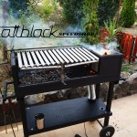 Grill oven - Custom made - wood grill - Mattblack Speedshop - 12 - grate lifted up