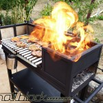 Grill oven - Custom made - wood grill - Mattblack Speedshop - 14 - firebox in operation