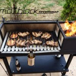 Grill oven - Custom made - wood grill - Mattblack Speedshop - 15 - roasting the meat