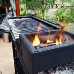 Grill oven - Custom made - wood grill - Mattblack Speedshop - 17 - firebox still burning